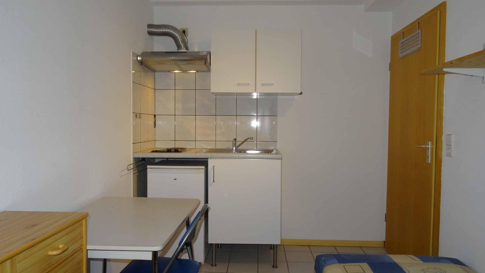 Kleiner Zimmer Kühlschrank : Zimmer touristservice der stadt sassnitz